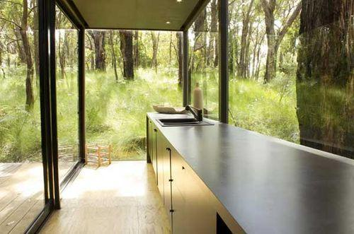 Черный дом Red Hill в Австралии