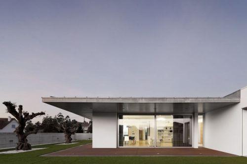 Дом Xieira House II