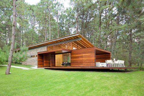 Лесной дом для семейного отдыха