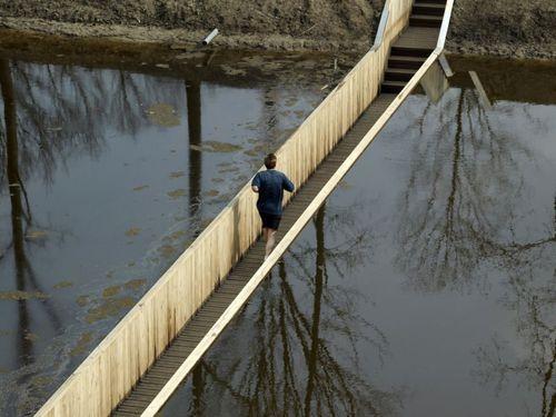 Мост-желоб в Форт-де-Рувер