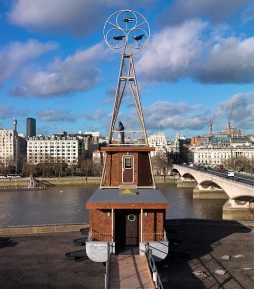 Отель-лодка в Лондоне
