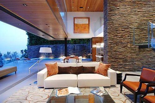 Роскошная резиденция с прекрасным видом на Лос-Анджелес