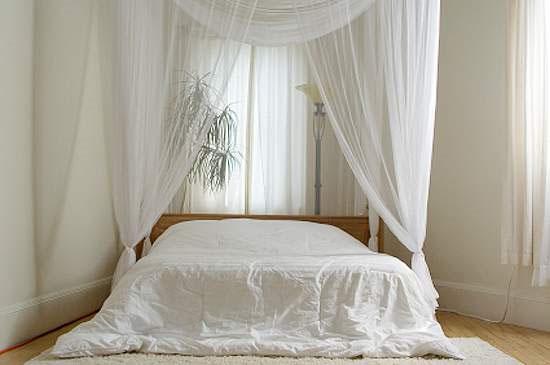 Спальня в белом
