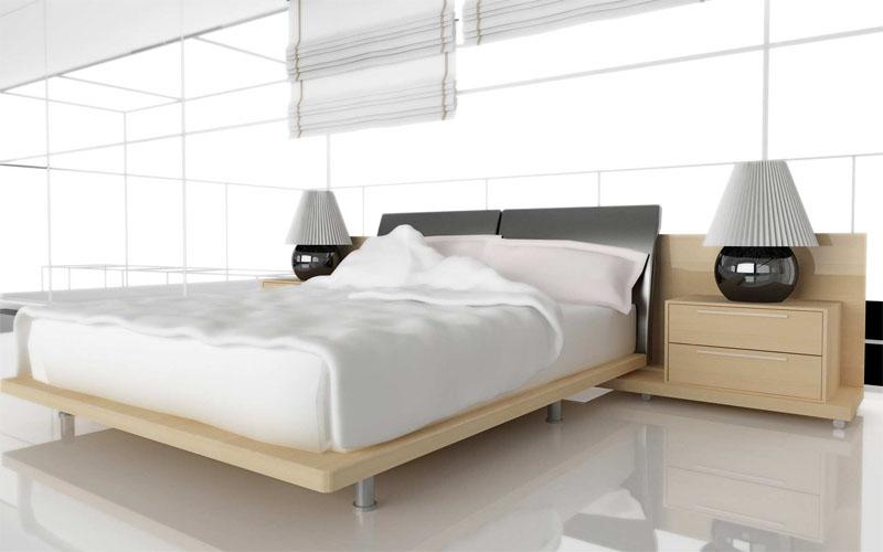 Спальня в белом цвете со зеркальным полом