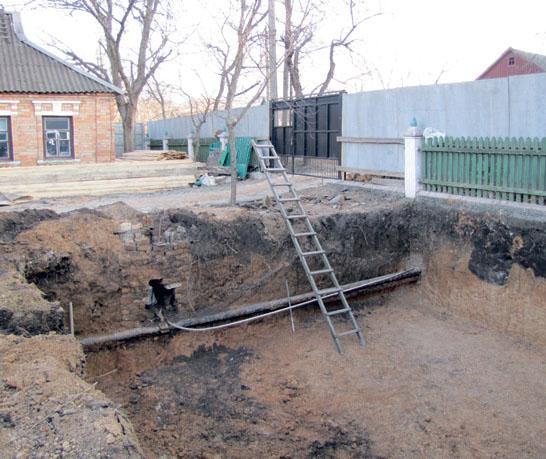 Перед тем, как вырыть котлован под фундамент, провели геологическое исследование грунта