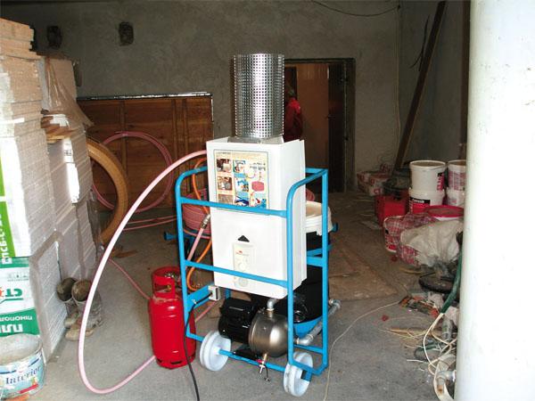 Подключаем установку для подогрева теплоносителя, циркулирующего по трубам. Фото и технология МУЛЬТИБЕТОН