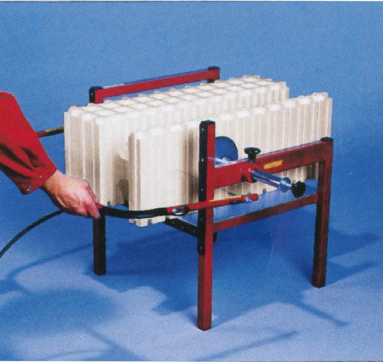 2. Элементы разрезать с помощью Isorast- пилы или прибора для резки