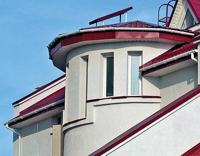 Сложное решение — устройство водостока вокруг циркульной крыши