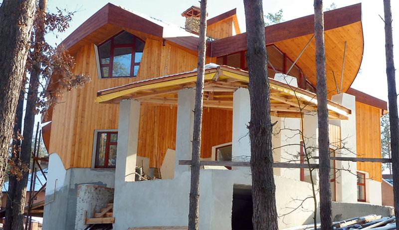 Деревянная обшивка дома