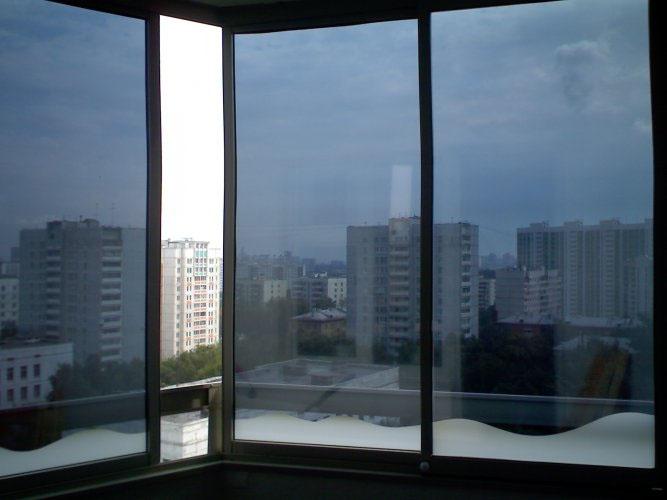 Панорамное окно на балконе