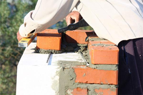 Заполнение швов при кладке стен