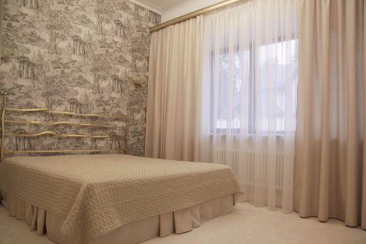 Как выбрать шторы в спальню: требования, особенности, советы (фото)