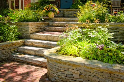Лестницы, ведущие к саду