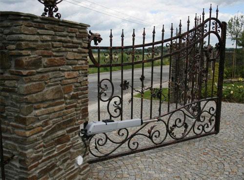 Какой поставить забор?