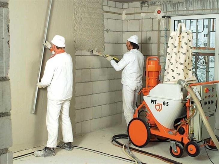Штукатурка стен машинным способом и имитация декоративной штукатурки