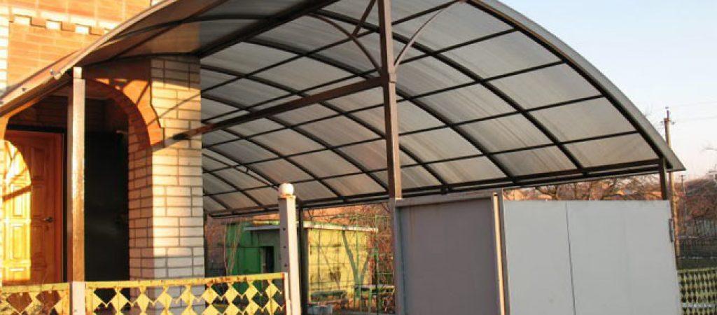 Сотовый поликарбонат – крепкий и практичный материал