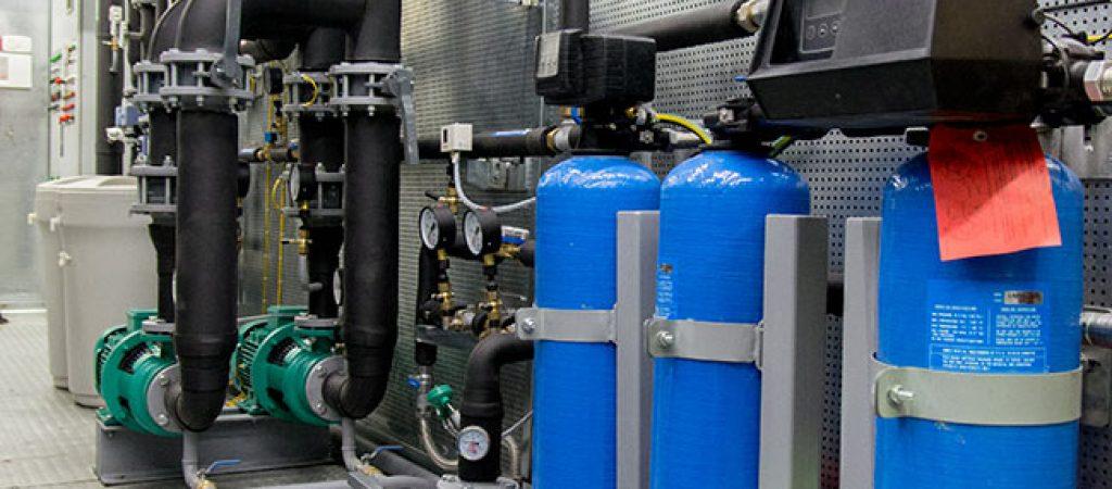 Отопление и водоснабжение, трубопроводная арматура и котлы