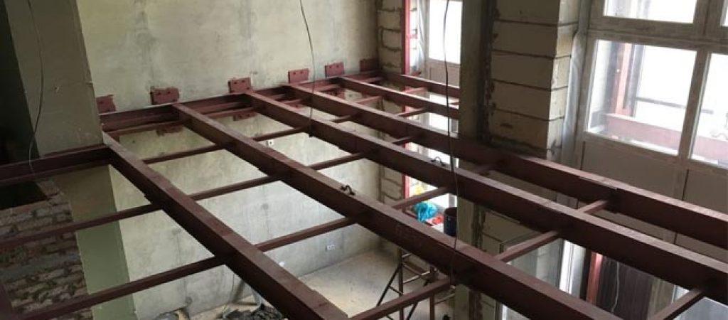 Антресольный этаж для склада. Изготовление лестниц