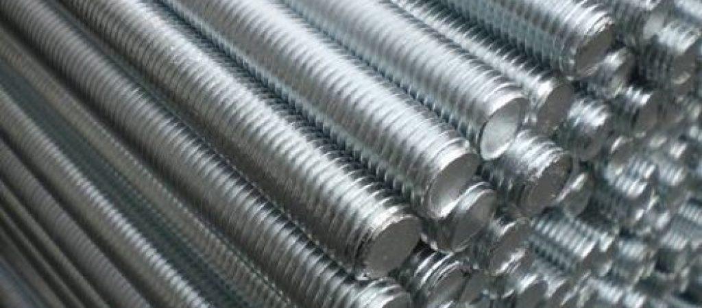 Шпильки из нержавеющей стали: стандарты производства
